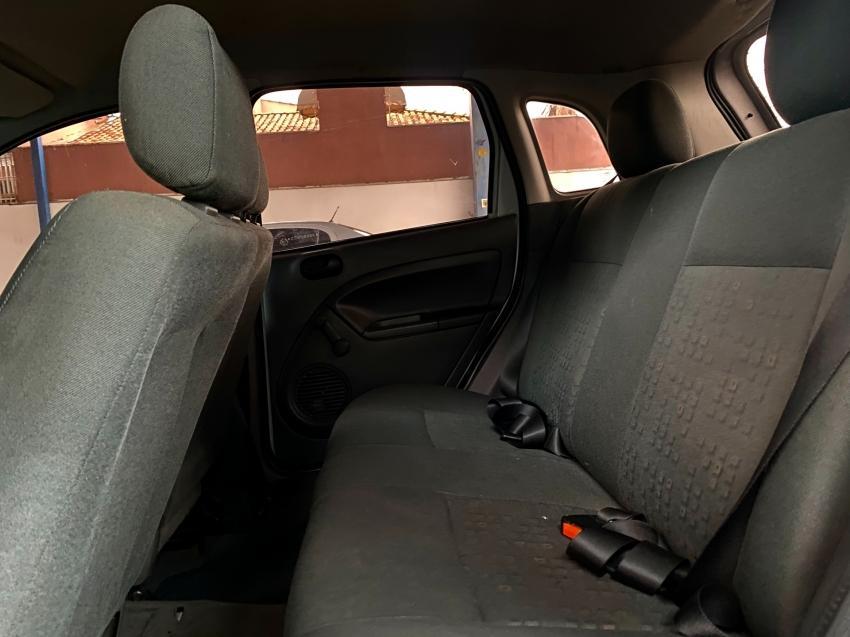 FORD Fiesta Hatch 1.6, Foto 7