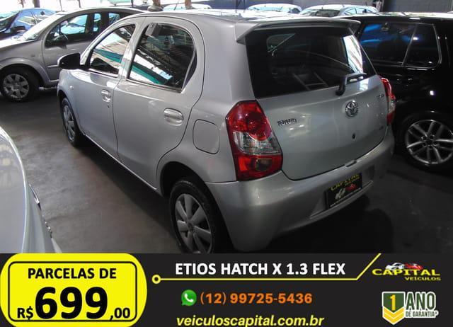 TOYOTA Etios Hatch 1.3 16V 4P FLEX, Foto 3
