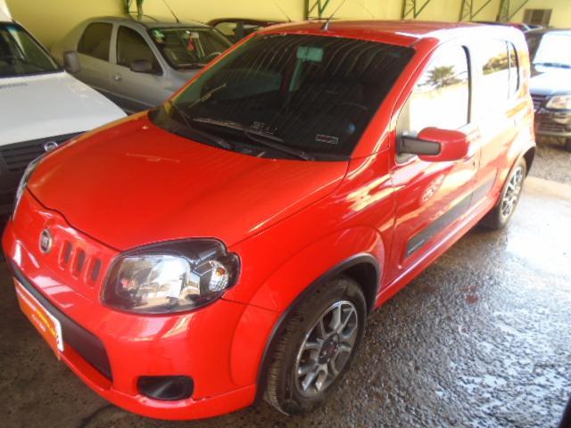 FIAT Uno 1.4 4P FLEX SPORTING, Foto 2