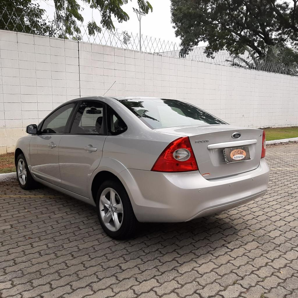 Ford Focus Sedan 2 0 16v 4p Prata 2011 Unicar Multimarcas Carro Saojose