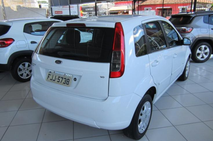 FORD Fiesta Hatch 1.6 4P SE PLUS FLEX, Foto 1