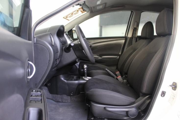 NISSAN Versa Sedan 1.6 16V 4P FLEX SV, Foto 3