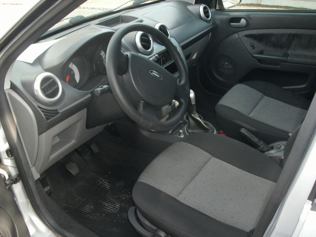 FORD Fiesta Sedan 1.6 4P ROCAM FLEX, Foto 5