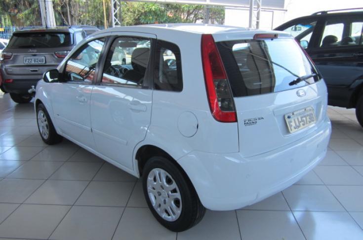 FORD Fiesta Hatch 1.6 4P SE PLUS FLEX, Foto 4