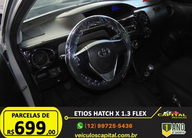 TOYOTA Etios Hatch 1.3 16V 4P FLEX, Foto 12