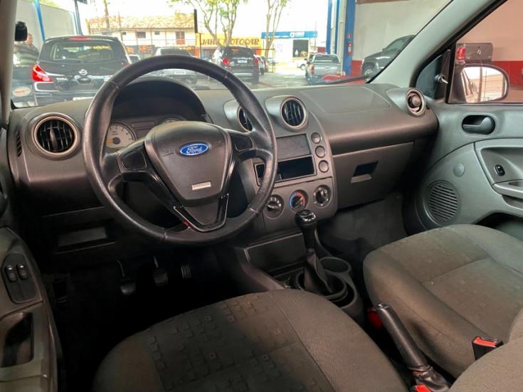 FORD Fiesta Hatch 1.6, Foto 6