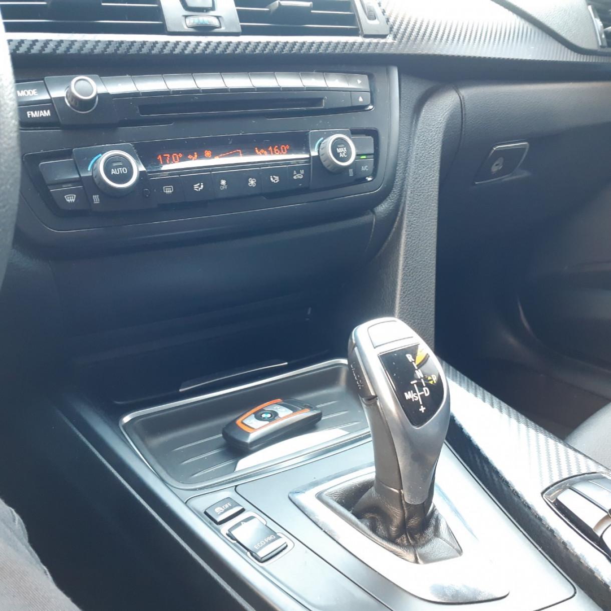 BMW 320I 2.0 16V 4P SPORT TURBO ACTIVE FLEX AUTOMÁTICO, Foto 8