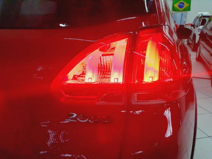 PEUGEOT 2008 1.6 16V 4P FLEX ALLURE AUTOMÁTICO, Foto 5