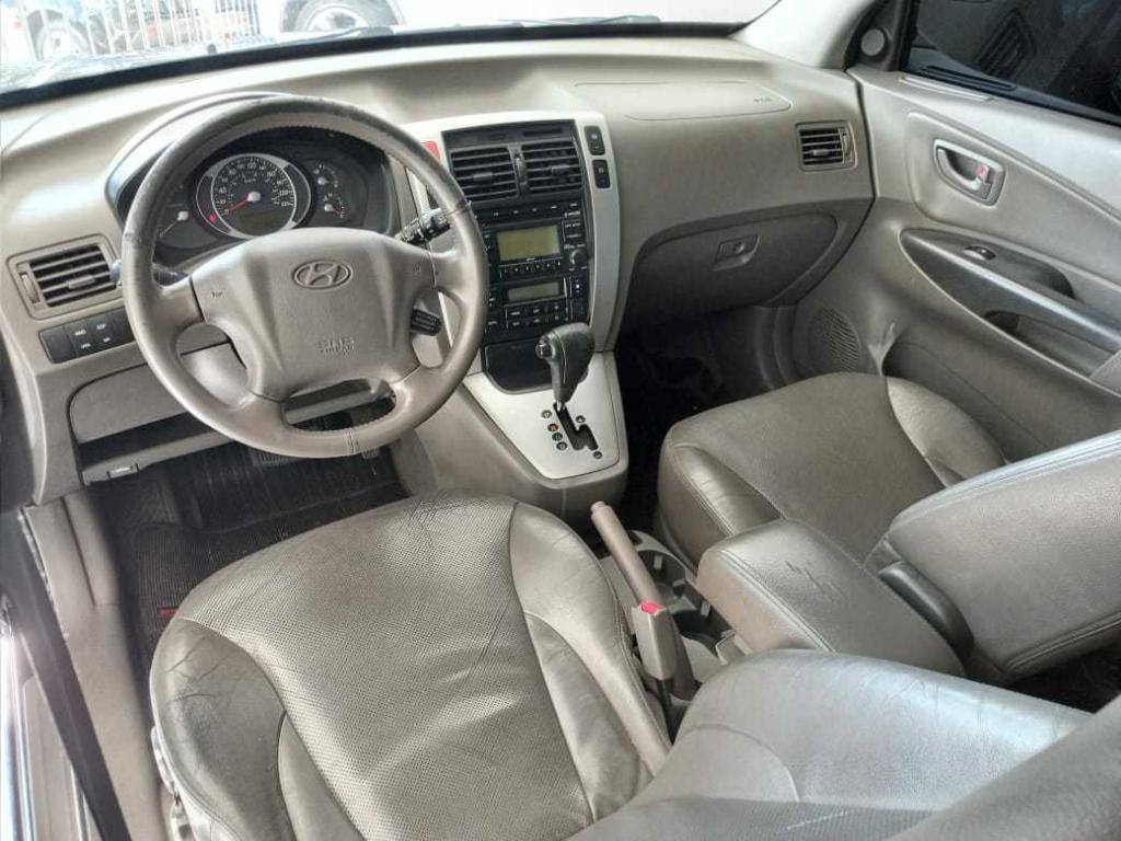 HYUNDAI Tucson 2.7 V6 4P GLS 4WD AUTOMÁTICO, Foto 4