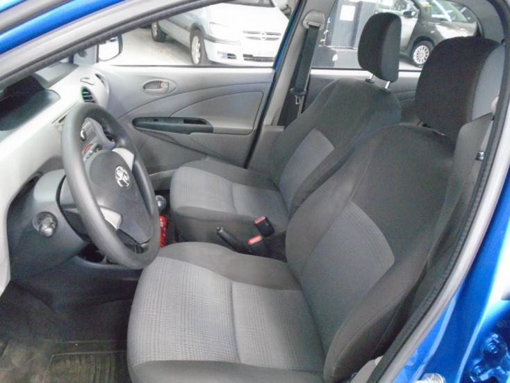 TOYOTA Etios Hatch 1.3 16V 4P FLEX XS, Foto 9