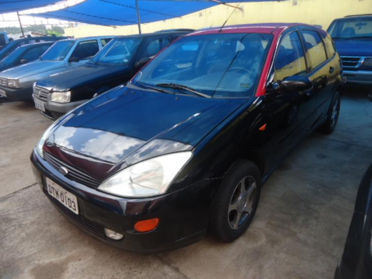 FORD Focus Hatch 1.8 16V 4P, Foto 1