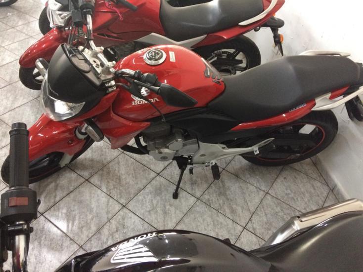 HONDA CB 300 R, Foto 1