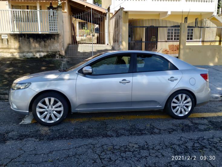 KIA Cerato Sedan 1.6 16V 4P SX3 AUTOMÁTICO, Foto 4