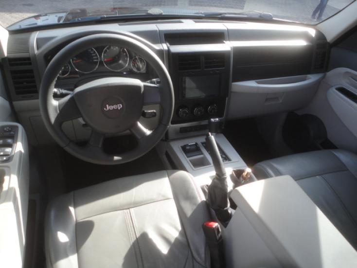 JEEP Cherokee 3.7 V6 12V 4P 4X4 SPORT  AUTOMÁTICO, Foto 9
