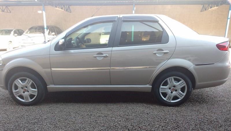 FIAT Siena 1.8 4P HLX FLEX, Foto 2