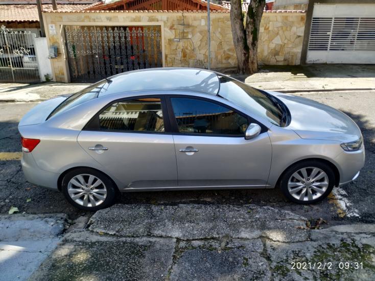 KIA Cerato Sedan 1.6 16V 4P SX3 AUTOMÁTICO, Foto 3