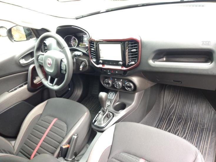 FIAT Toro 1.8 16V 4P FLEX FREEDOM AUTOMÁTICO, Foto 4