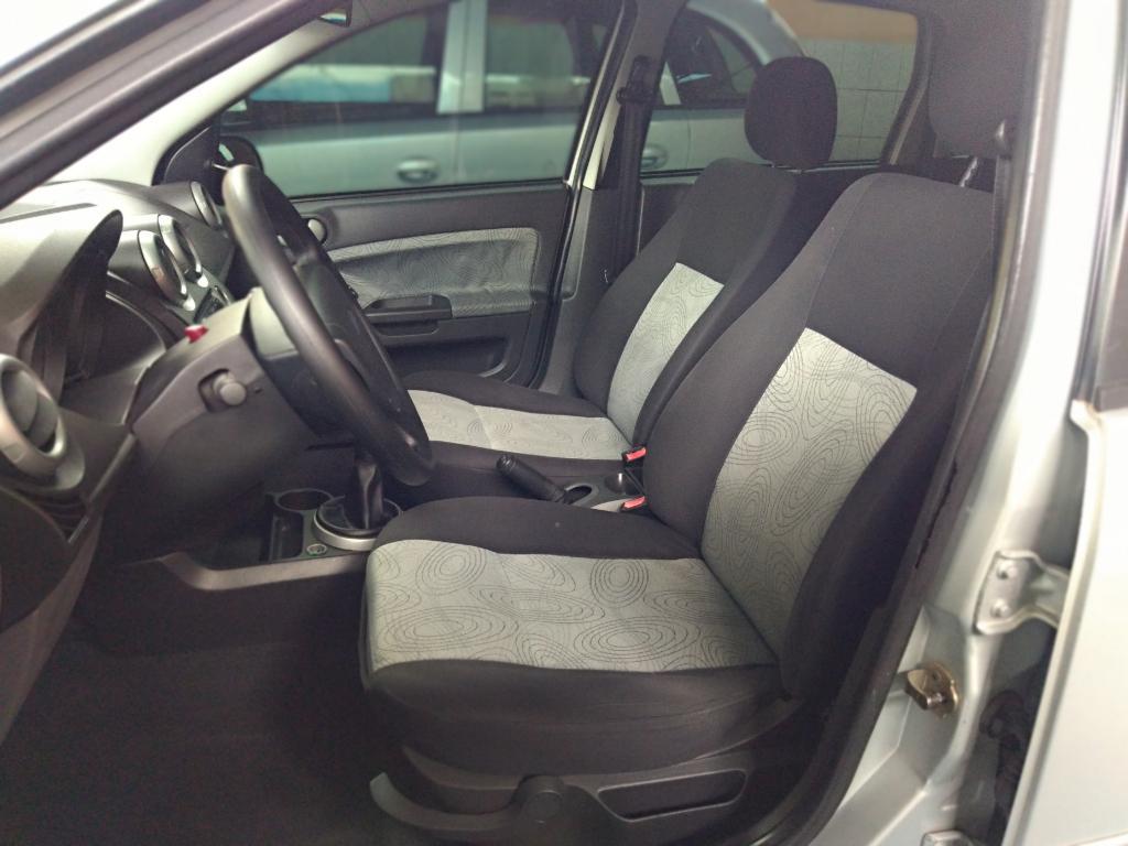 FORD Fiesta Sedan 1.6 4P ROCAM FLEX, Foto 6