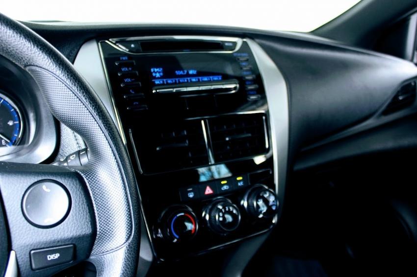 TOYOTA Yaris Hatch 1.3 16V 4P FLEX XL MULTIDRIVE AUTOMÁTICO CVT, Foto 8