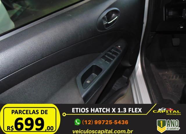 TOYOTA Etios Hatch 1.3 16V 4P FLEX, Foto 11