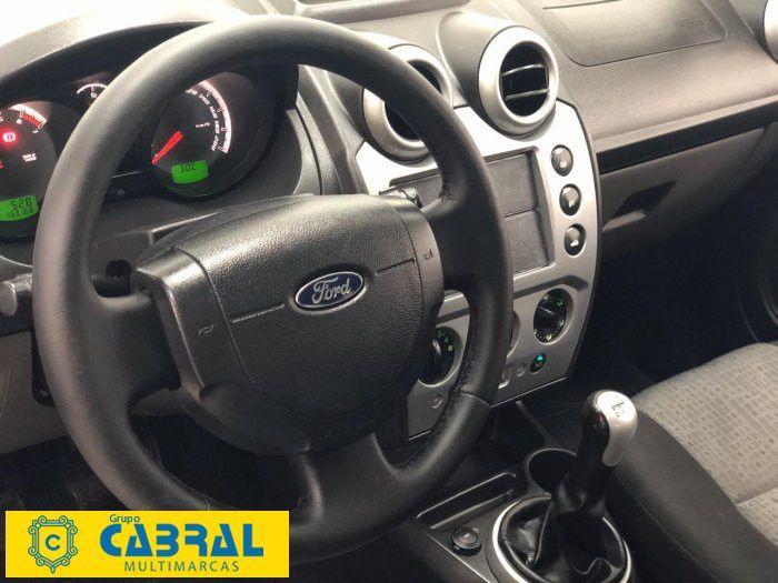 FORD Fiesta Sedan 1.0 4P FLEX, Foto 4
