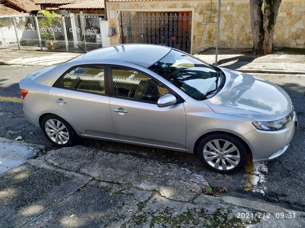 KIA Cerato Sedan 1.6 16V 4P SX3 AUTOMÁTICO, Foto 2