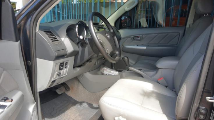 TOYOTA Hilux Caminhonete 3.0 4P 4X4 SRV TURBO DIESEL CABINE DUPLA AUTOMÁTICO, Foto 9