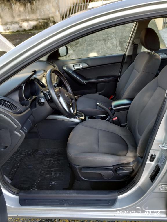 KIA Cerato Sedan 1.6 16V 4P SX3 AUTOMÁTICO, Foto 8
