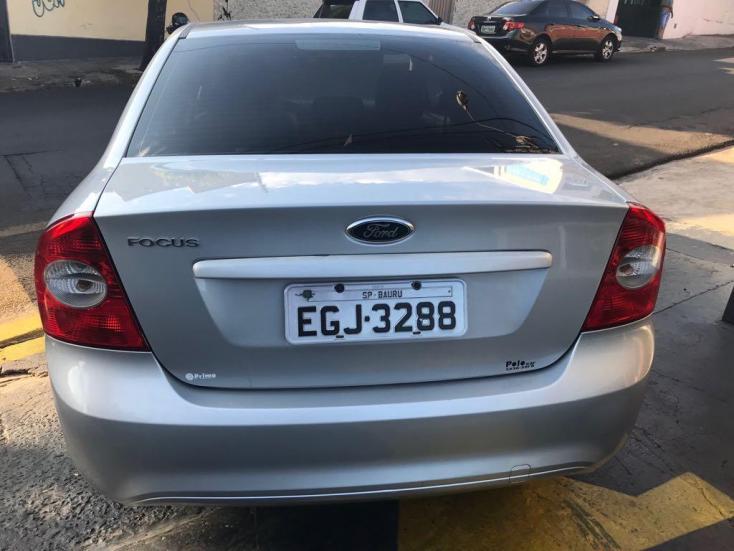 FORD Focus Sedan 1.6 4P GLX, Foto 3