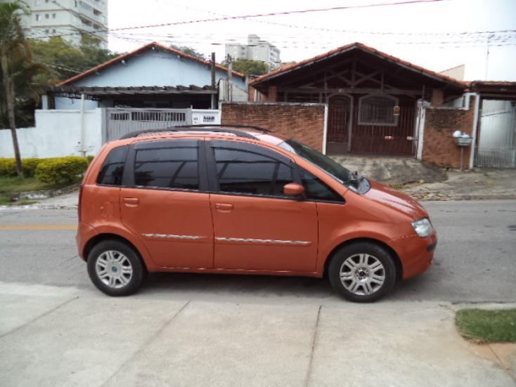 FIAT Idea 1.8 4P HLX FLEX, Foto 1