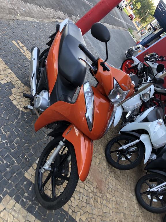 HONDA Biz 125 EX, Foto 4