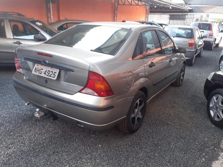FORD Focus Sedan 1.6 S 16V 4P FLEX, Foto 4