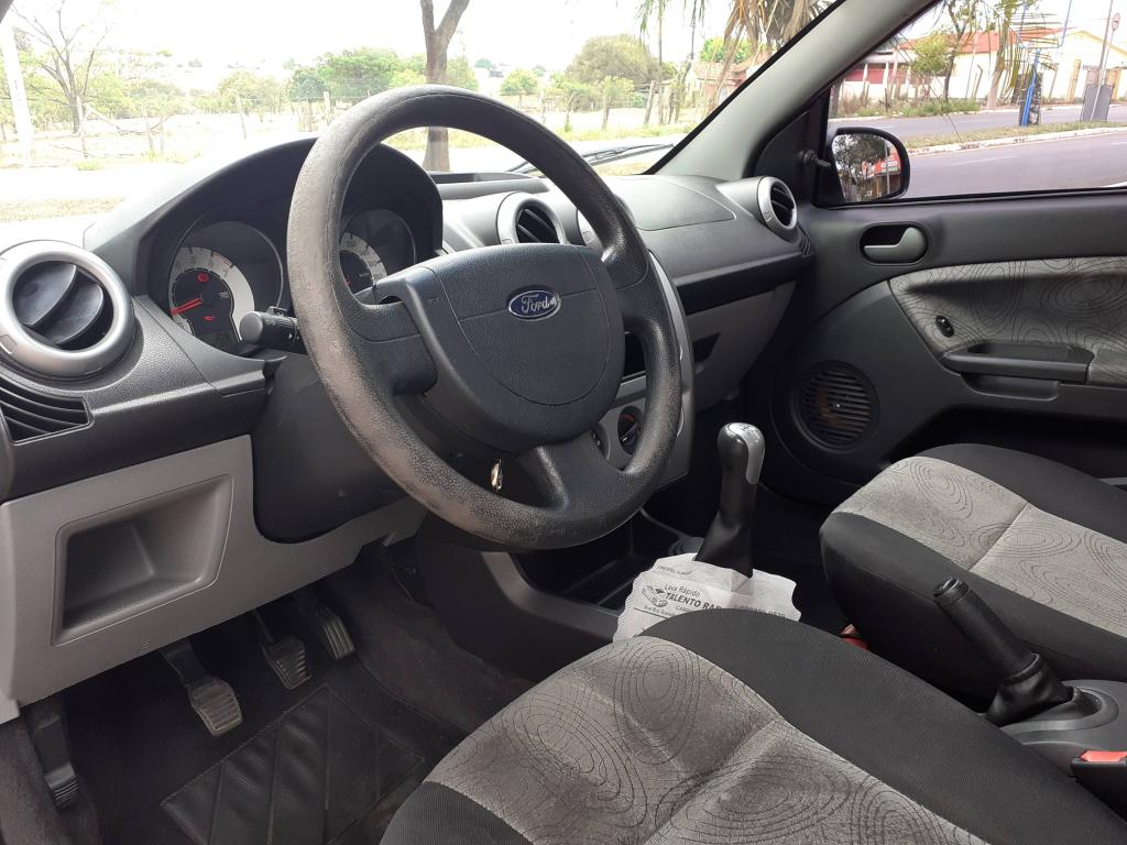 FORD Fiesta Sedan 1.6 4P FLEX, Foto 2