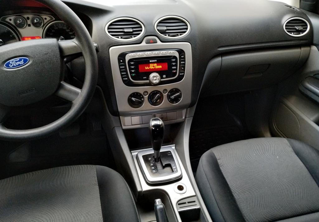 FORD Focus Hatch 2.0 16V 4P GLX AUTOMÁTICO, Foto 10