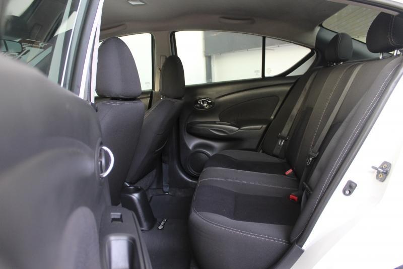 NISSAN Versa Sedan 1.6 16V 4P FLEX SV, Foto 4