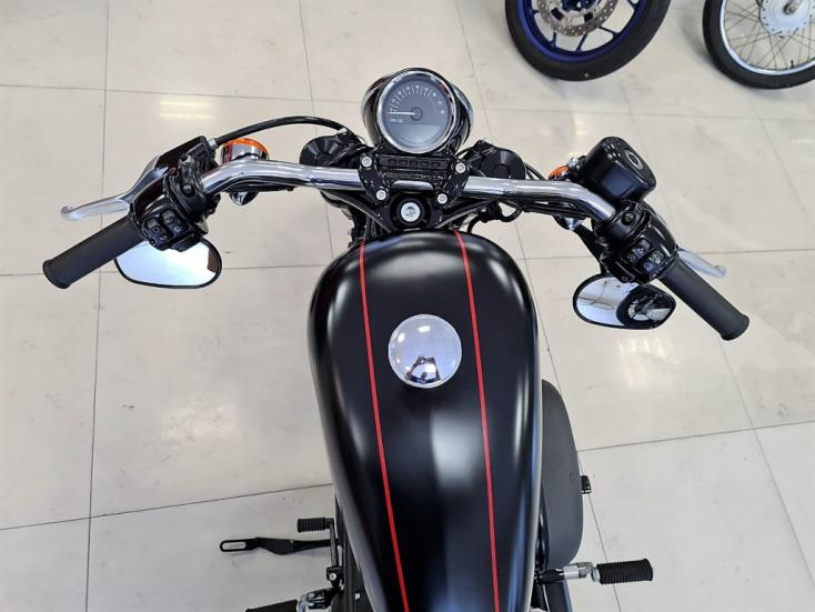 HARLEY DAVIDSON Sportster XL 1200 ROADSTER, Foto 2
