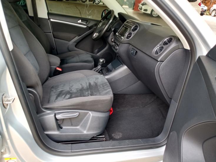 VOLKSWAGEN Tiguan 2.0 16V 4P TSI 4WD TURBO AUTOMÁTICO, Foto 10