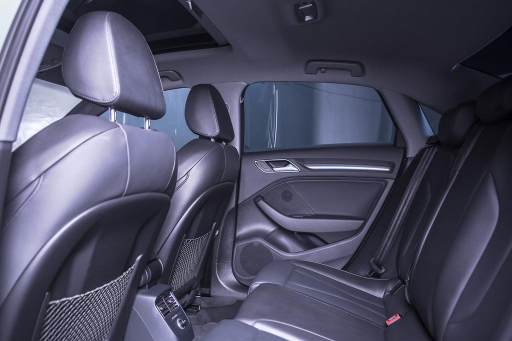 AUDI A3 Sedan 2.0 16V 4P TFSI PERFORMANCE BLACK S-TRONIC AUTOMÁTICO, Foto 10
