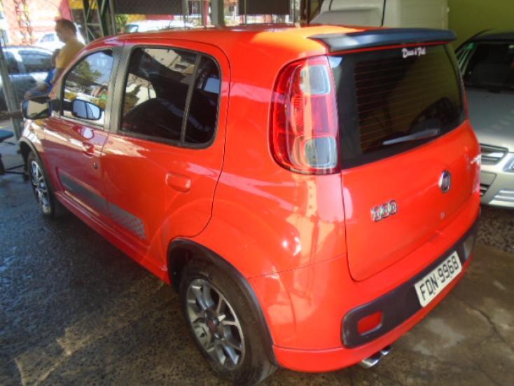 FIAT Uno 1.4 4P FLEX SPORTING, Foto 3