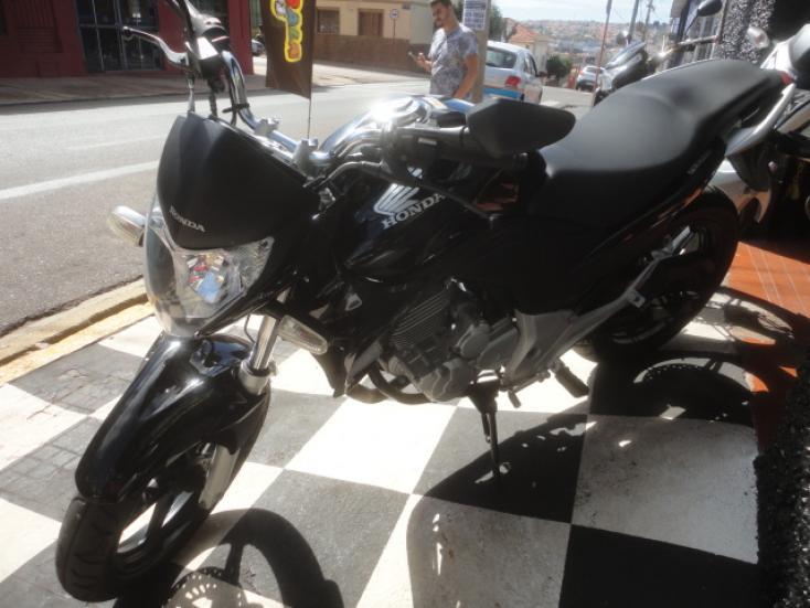 HONDA CB 300 R, Foto 2