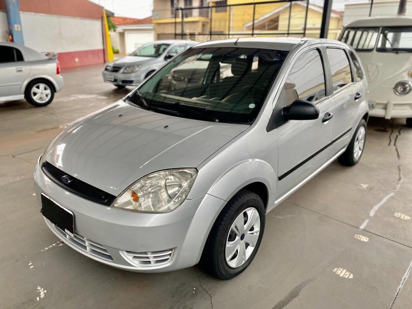 FORD Fiesta Hatch 1.6, Foto 1