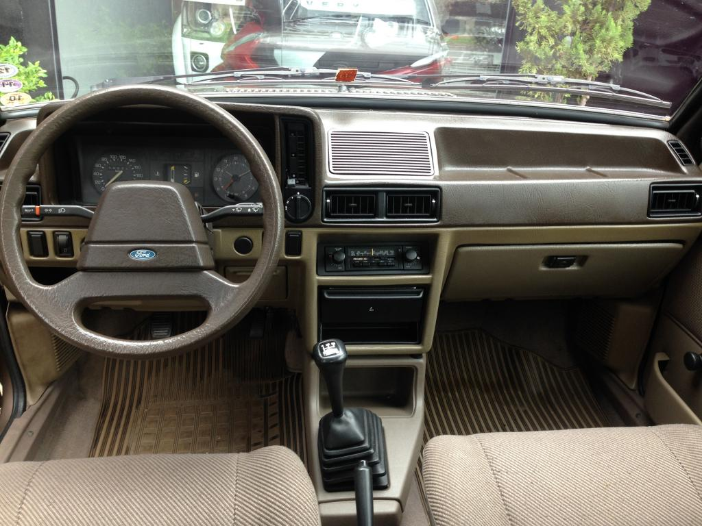 FORD Escort 1.6 GL, Foto 17
