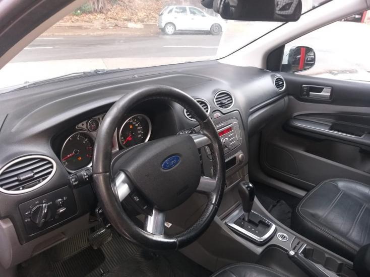 FORD Focus Sedan 2.0 16V 4P TITANIUM FLEX AUTOMÁTICO, Foto 6