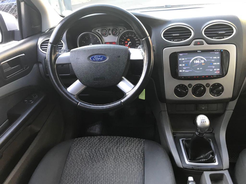 FORD Focus Sedan 1.6 4P GLX, Foto 7
