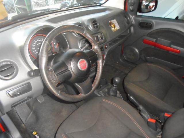FIAT Uno 1.4 4P FLEX SPORTING, Foto 4
