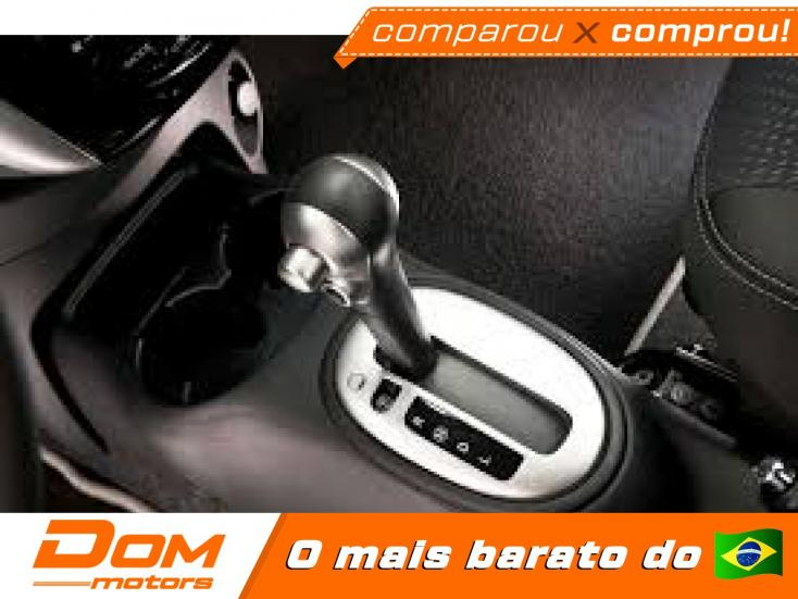 NISSAN Versa Sedan 1.6 16V 4P UNIQUE FLEX XTRONIC AUTOMÁTICO CVT, Foto 4