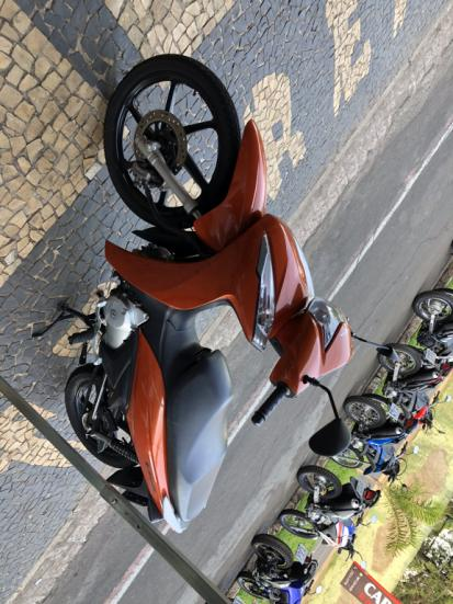 HONDA Biz 125 EX, Foto 3