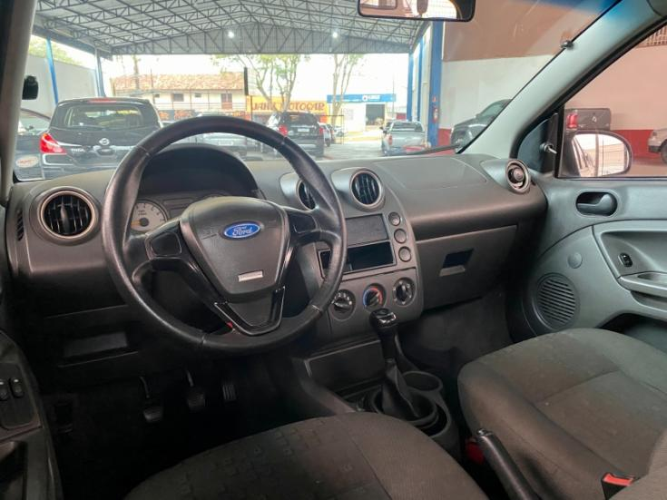 FORD Fiesta Hatch 1.6, Foto 4