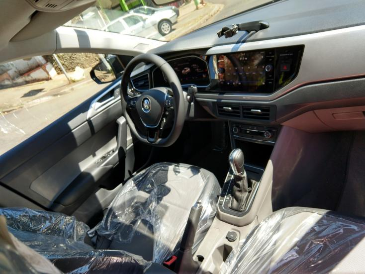 VOLKSWAGEN Polo Hatch 1.0 12V 4P TSI 200 COMFORTILINE AUTOMÁTICO, Foto 4