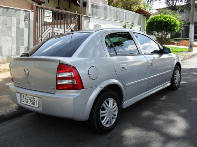 CHEVROLET Astra Hatch 2.0 4P CD, Foto 2